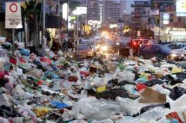 Naples Stinks